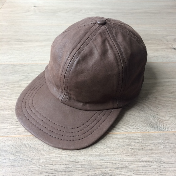 76563cabb7889 70 s 80 s Vintage LEATHER Cap Made in USA. M 5abecba3a4c4856c5a27b964